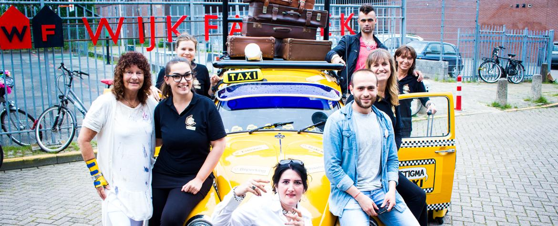 StigmaTaxi groepsfoto multicultureel project Stichting de Bagagedrager